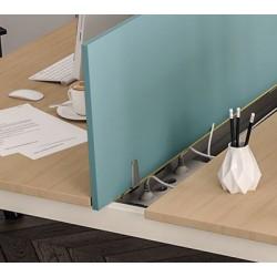 Goulotte réceptable de câbles et prises électriques pour bureau plan 140 cm