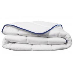 Couette tempéré Microfibre 100% polyester blanc 300 g/m2 260 X 240 cm