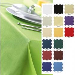 Nappe en polyester filé coloris uni 137x228 cm