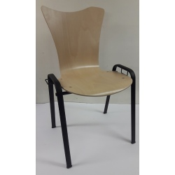 Chaise empilable Manon 4 pieds 22 mm noirs